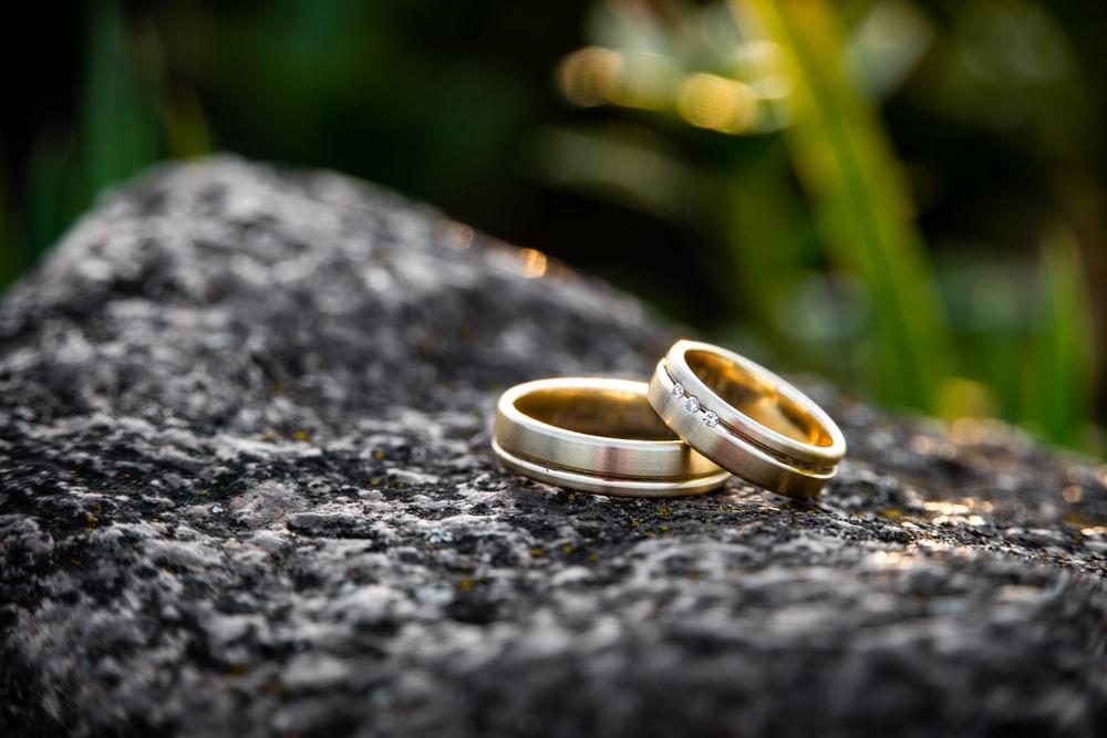 هر آنچه شما باید در مورد طلا و حلقه ازدواج بدانید