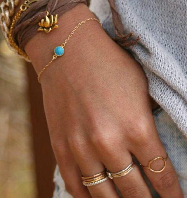 لایه بندی دستبند: چرا هرگز یک دستبند کافی نیست؟