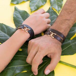 دستبند چرم و طلا طرح امگا