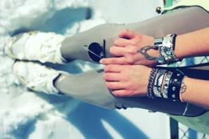 دستبند سبک