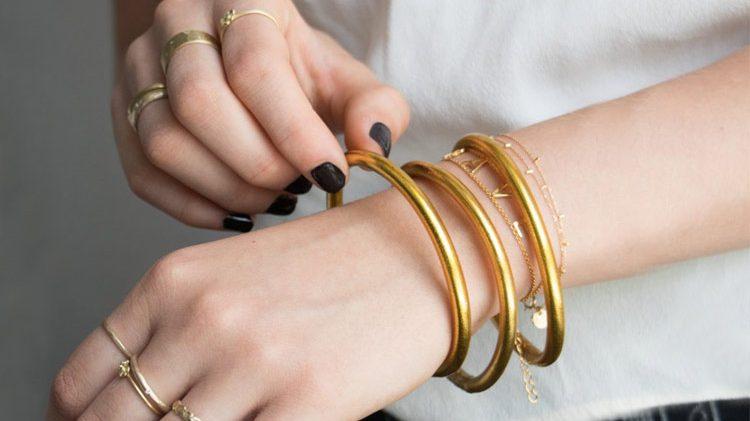 ۵ نکتهای که باید به هنگام خرید دستبند طلا به آنها توجه داشت