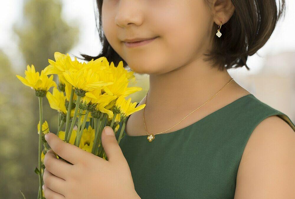 هدیه طلا برای کودکان و نوزادان