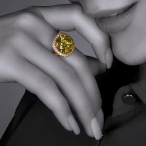 انگشتر طلا زنانه با سنگ کد CR360