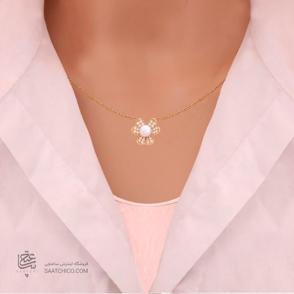 گردنبند طلا زنانه طرح گل سه پر با نگین های cz و مروارید  کد xn104