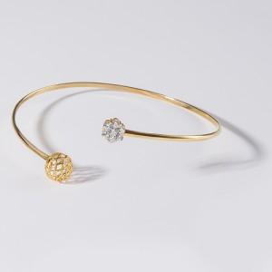 دستبند النگویی طلا با گوی و فلاور کد CB396