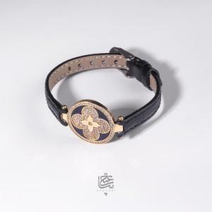 دستبند طلا با بند چرمی کد xb810
