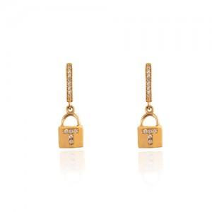 گوشواره طلا زنانه طرح قفل کد CE393